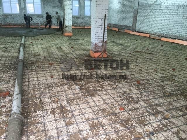 poli-s-betononasosom-borovko